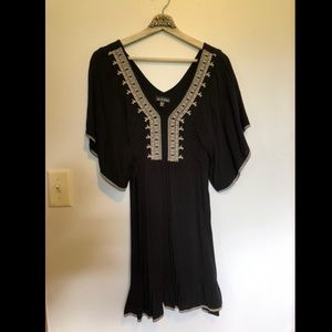 Embroidered black and white dress